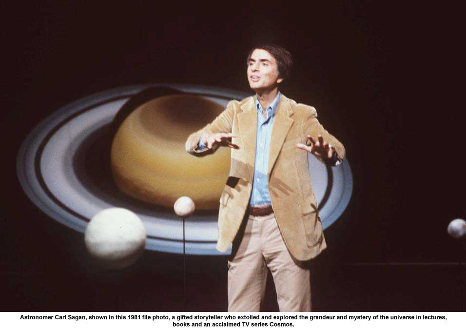 Carl-Sagan teaching astrophysics